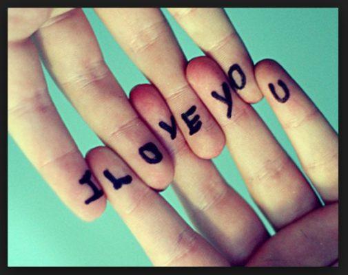 Статусы про любовь со смыслом короткие