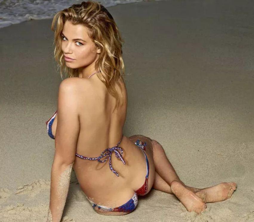 Красивые девушки на пляже (9)
